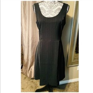DKNY Black Pin Striped Size 6 Women's Dress NWT